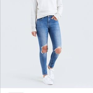 Women's Levi 721 High Rise Skinny Jeans
